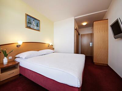 Pokoje v hotelu Lipa | CK Capro