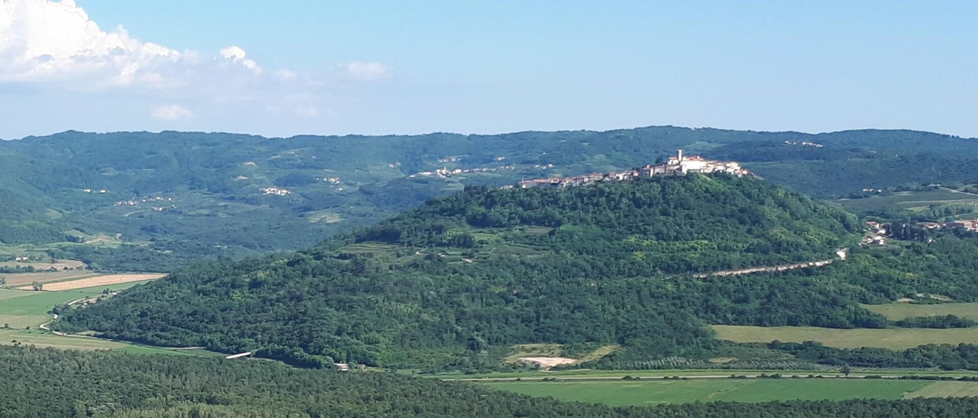 Motovun a údolí Mirny