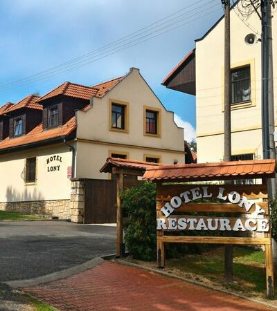 Hotel_Lony